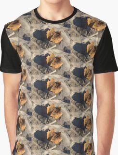 Tulip Tree Leaf – Frozen Raindrops in the Sunshine Graphic T-Shirt