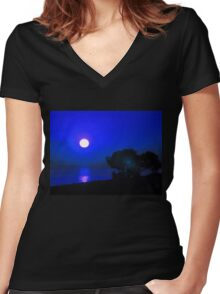 Dawn in the South fourth series Women's Fitted V-Neck T-Shirt