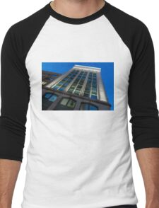 City Night Walks – White, Green and Blue Facade Men's Baseball ¾ T-Shirt