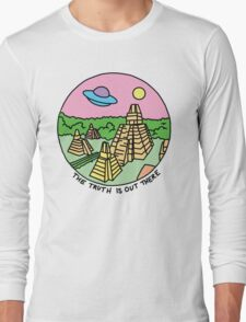 Mayan alien x-files scully mulder ufo pyramid egyptian pastel 90s tv Long Sleeve T-Shirt
