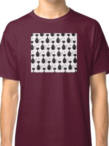 Black and White Cat Pattern Classic T-Shirt