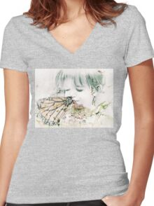 Butterfly Kisses Women's Fitted V-Neck T-Shirt