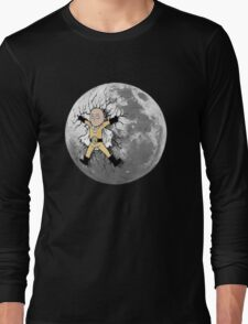 One Punch Man - Saitama kicked onto the Moon T-Shirt