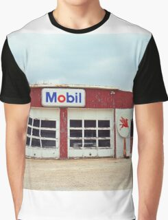 Route 66 - Rusty Mobil Station Graphic T-Shirt
