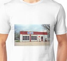Route 66 - Rusty Mobil Station Unisex T-Shirt