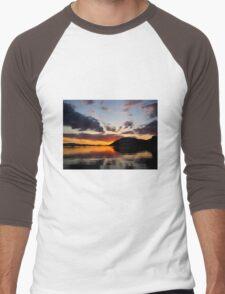 Silhouette Glow Men's Baseball ¾ T-Shirt