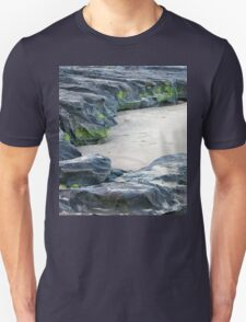 Moss on rocks at beach in Queensland T-Shirt