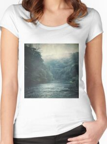 Valley and River Women's Fitted Scoop T-Shirt
