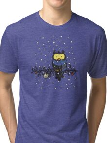 Owl in the snow Tri-blend T-Shirt