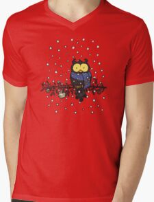 Owl in the snow Mens V-Neck T-Shirt