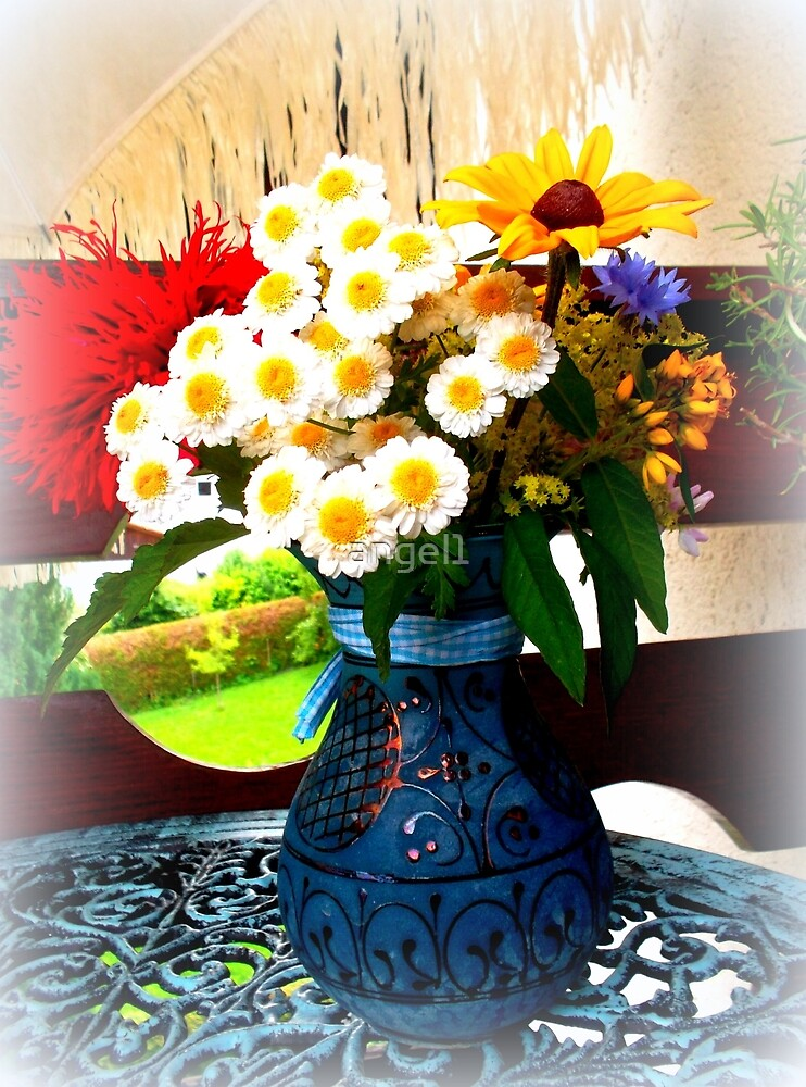Handpicked flowers from the garden by ©The Creative  Minds
