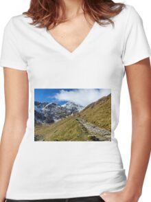 Snowdonia National Park Women's Fitted V-Neck T-Shirt