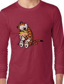 calvin and hobbes sleeping Long Sleeve T-Shirt