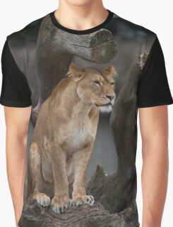 Lioness Graphic T-Shirt