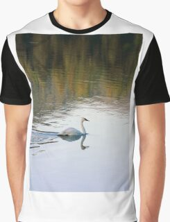 Single Swan on Thompson Reservoir Graphic T-Shirt