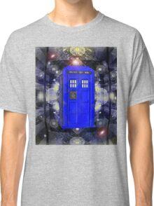 TARDIS CLASSIC LONDON POLICE BOX 1 Classic T-Shirt