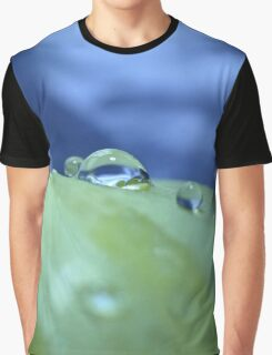 Morning Droplets Graphic T-Shirt