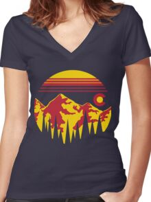 Colorado Skies Women's Fitted V-Neck T-Shirt