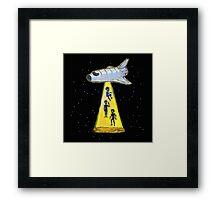 aliens kidnap Framed Print