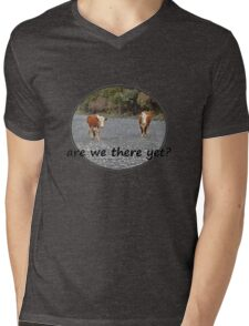 Are we there yet? Wandering Cows Mens V-Neck T-Shirt