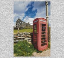 Red Telephone Box and Slate Mill Ruins Kids Tee