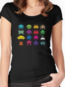 Aliens! Women's Fitted Scoop T-Shirt
