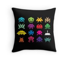 Aliens! Throw Pillow