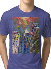 Fifth Avenue Empire State Building, New York City Picture Tri-blend T-Shirt