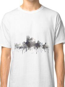 Montreal, Quebec, Canada Skyline - CRISP Classic T-Shirt