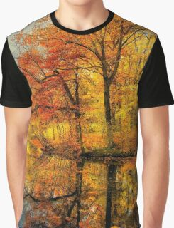 Fall colors of New England Graphic T-Shirt