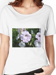 Beautiful light purple flowers in the park. Women's Relaxed Fit T-Shirt
