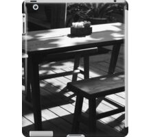 table iPad Case/Skin