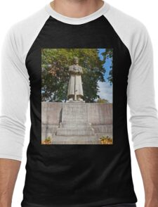 Our fallen German Soldiers in Memory. Unsern Gefallenen Soldaten. Men's Baseball ¾ T-Shirt