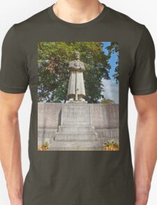 Our fallen German Soldiers in Memory. Unsern Gefallenen Soldaten. T-Shirt