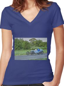 GN Special Women's Fitted V-Neck T-Shirt