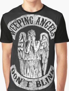 Weeping Angels Don't Blink Graphic T-Shirt
