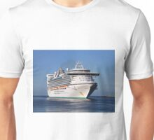 Golden Princess cruise ship Unisex T-Shirt