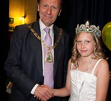 Petts wood May Queen  by Keith Larby