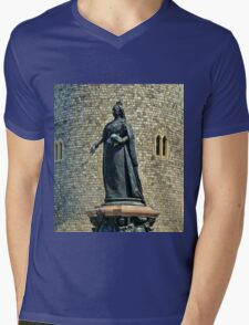 Queen Victoria at Windsor Castle, England Mens V-Neck T-Shirt