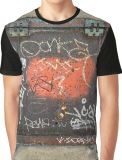 Graffitico Graphic T-Shirt