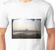 Tung fort Unisex T-Shirt