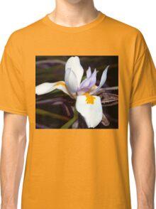 Wild iris with pods Classic T-Shirt