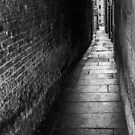 Alleyway 1 by eddiechui