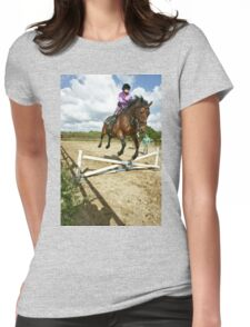 How to ride a horse: Get on it, and off you go! Womens Fitted T-Shirt