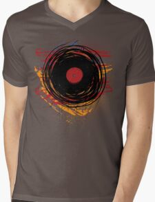 Vinyl Record Retro Grunge with Paint and Scratches - Music DJ! Mens V-Neck T-Shirt