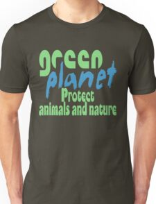 green planet - protect animals and nature T-Shirt