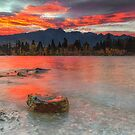 Scarlet Sunrise - Queenstown New Zealand by Beth  Wode