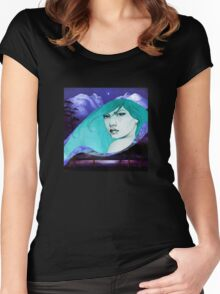 BLUE PERIOD Women's Fitted Scoop T-Shirt