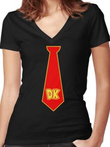 donkey kong neck tie Women's Fitted V-Neck T-Shirt