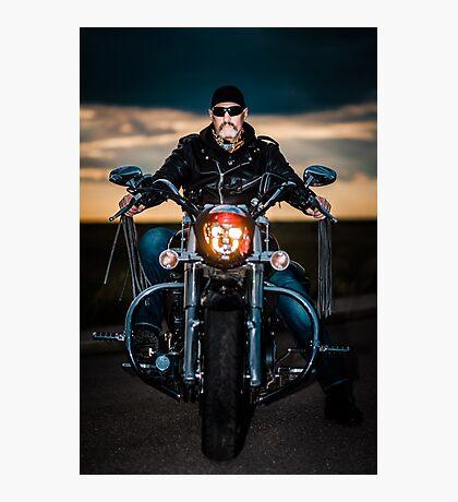 Skeggy Cruiser on Ebony front view no helmet Photographic Print